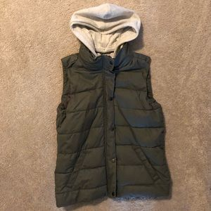 Green puffy vest with hood
